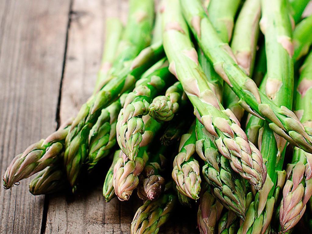 Asparagus-at-La-Serre-1024x768