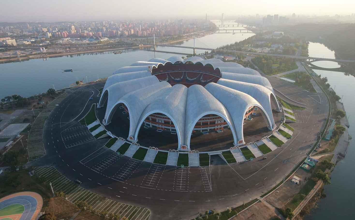rungrado_may_day_stadium