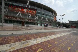 Biggest stadiums united kingdom